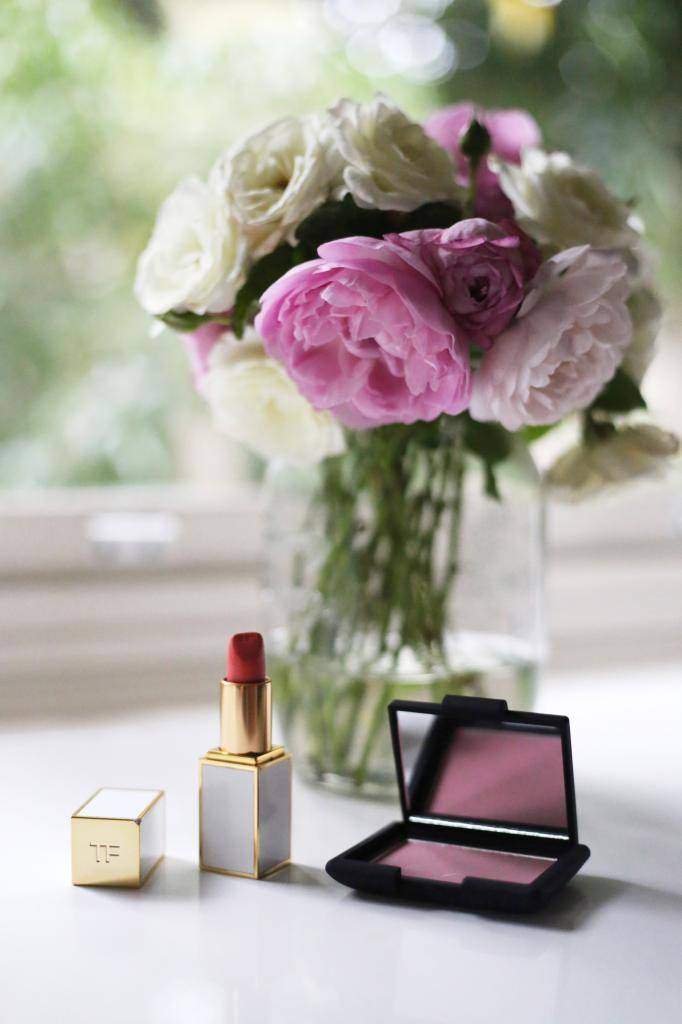 photo Rose Valentines Day beauty products and gifts Emma Hoareau photography flowers NARS Love Blusher Tom Ford Lip Color Summer F_zpsblod06rh.jpg