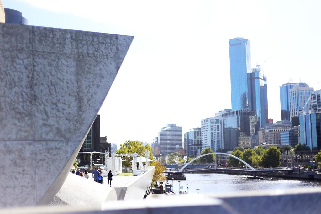 photo Emma Hoareau Melbourne Photo Diary Southbank_zpsn6lt2dq4.jpg