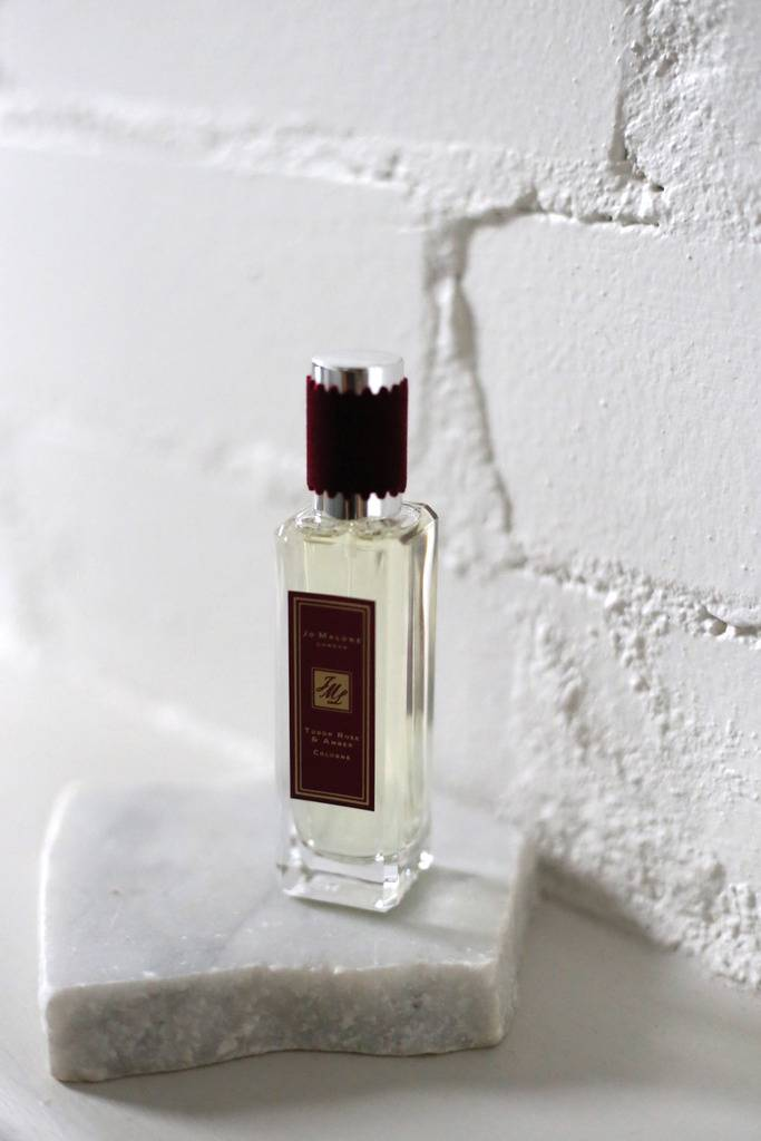 photo Jo Malone Tudor Rose and Amber Rock the Ages collection_zpsasrfwddg.jpg