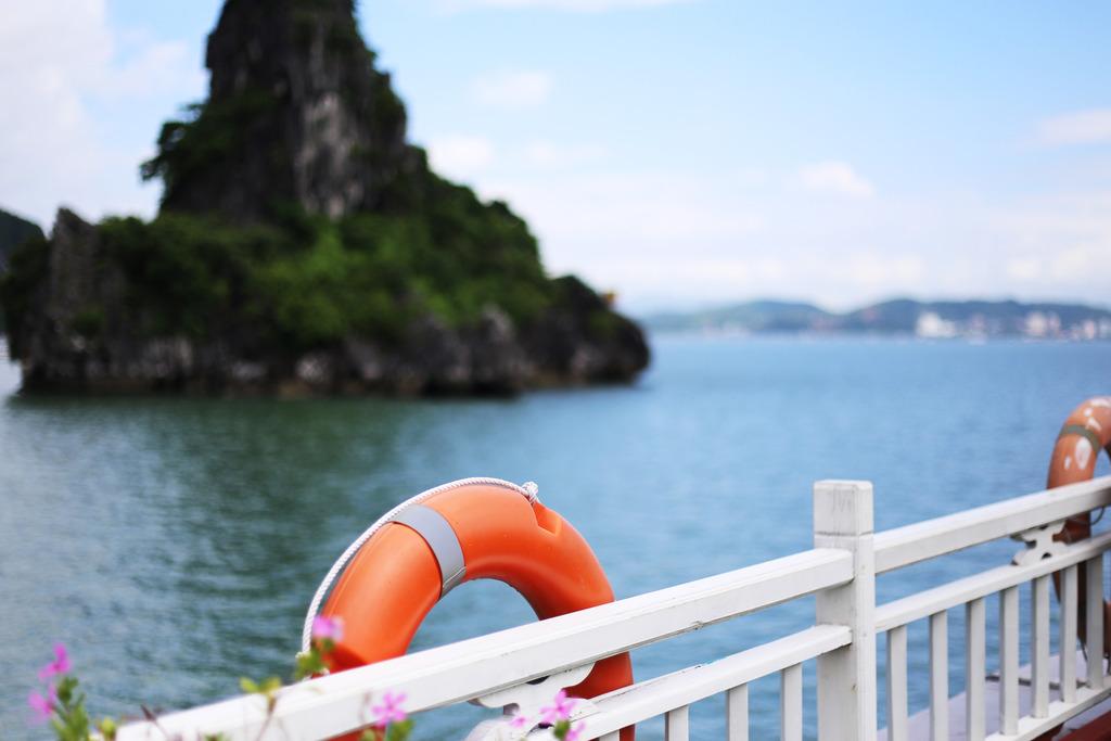 photo Halong Bay view photography trip_zpswjk5myvf.jpg