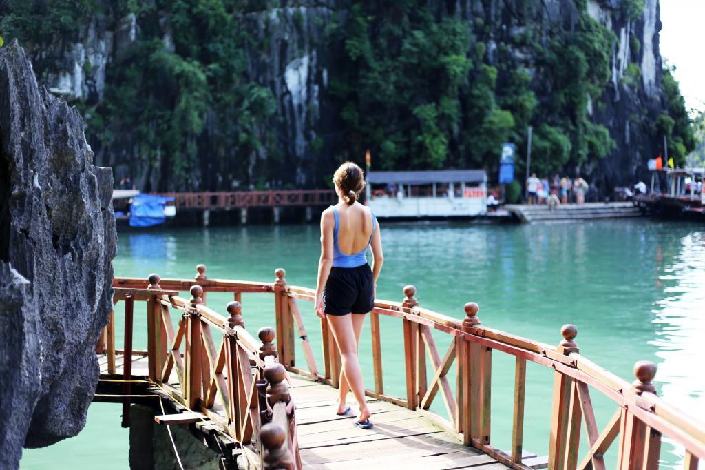 photo HalongBayVietnamboattripEmmaHoareautravels1_zps36572127.jpg