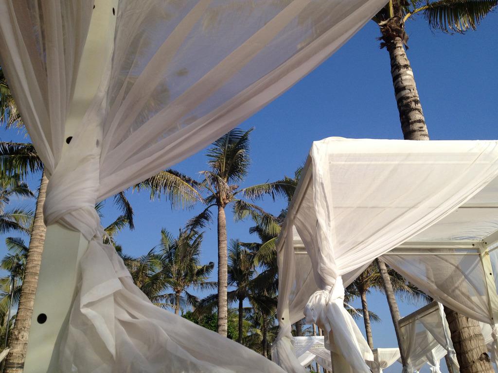 photo W Hotel Bali Seminyak Spa Emma Hoareau outside_zpsmtkph6sz.jpg