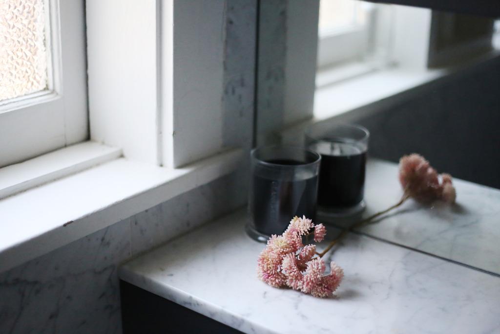 photo Black candle pink flower_zps1hqnnnvt.jpg