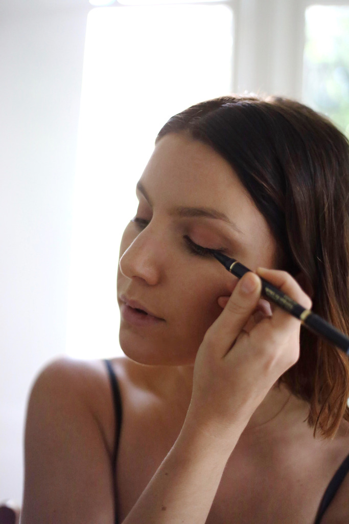 photo Estee Lauder Little Black Liner review how to use _zpssw6633b2.jpg