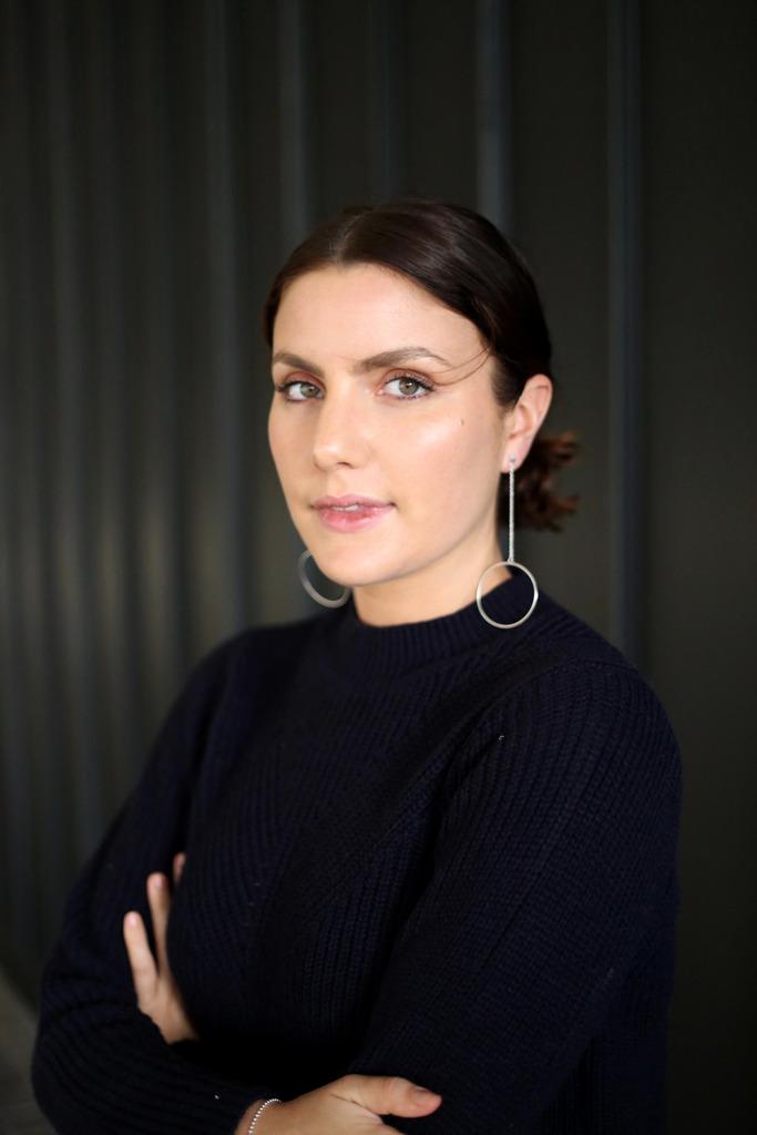 photo Sophie Thatcher silver drop hoop earrings_zpsx82r5w7h.jpg