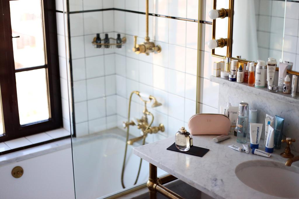 photo Marble bathroom skincare_zpsu4u7efdr.jpg