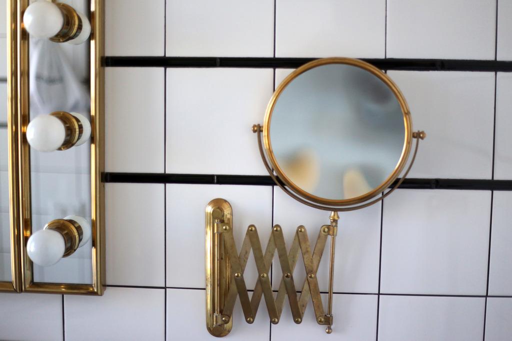 photo The Ludlow Hotel bathroom_zps0gl4kzls.jpg