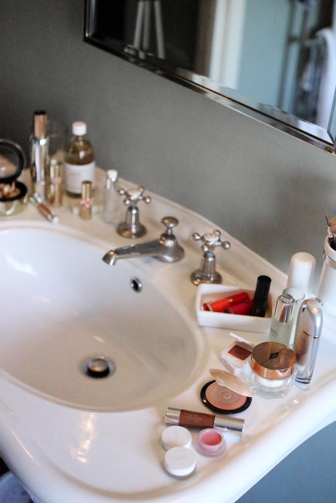 photo beauty sink babington house bathroom_zpsjowdrm7n.jpg