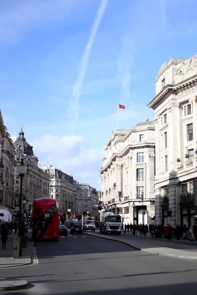 photo beauty treatments london_zps2ajwt1kv.jpg