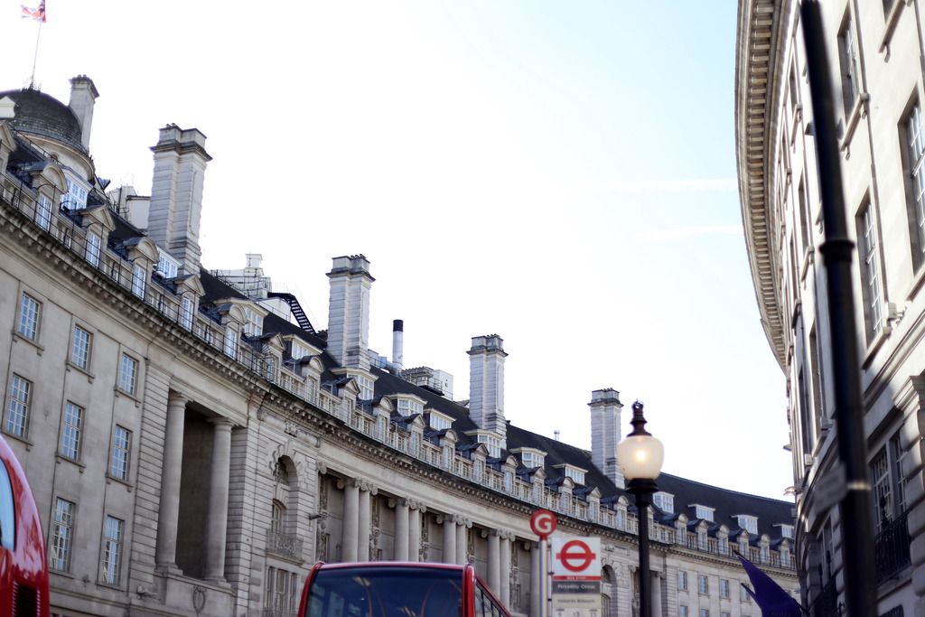 photo regents street buildings london_zps9wksnngn.jpg